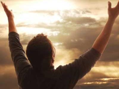 خداوند متعال دلهای شکسته را می خرد