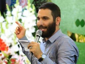 شعرخوانی محمدحسین حدادیان برای مدافعان سلامت