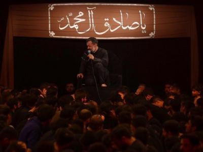 فیلم/ حاج محمود کریمی؛دوباره هیزم و آتیش توی خونه(سال98)+متن شعر