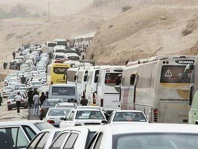اتوبوسهای ایرانی آماده انتقال زائران از خسروی به عراق هستند