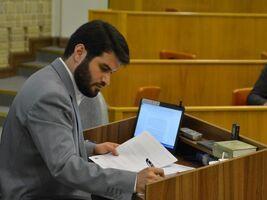 مطیعی: بدون اطلاع و رضایت اسمم را در لیست انتخاباتی گنجانده اند/ در سنگر دانشگاه و مجلس ائمه میمانم