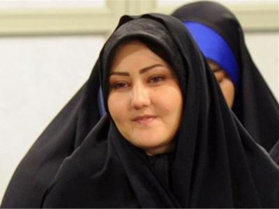 سروده شاعر افغانستانی؛ چه باک، صحن و سرایت اگر قرنطینه است / که عهد ما و هوای تو عهد دیرینه است