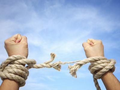 ظهور به فاصلهگذاری اجتماعی از گناه نیاز دارد/ امر به معروف و نهی از منکر پروتکل منتظرانه در مقابله با گناه است