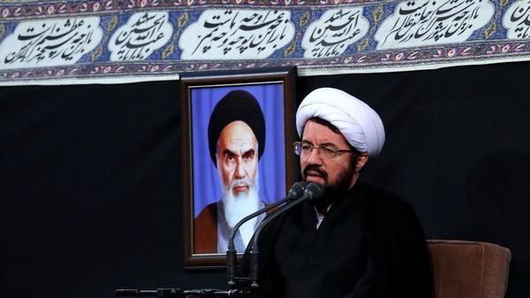 حجت الاسلام  عالی:مشکلات اقتصادی با تلاش جهادی و نگاه به آسمان حل میشود