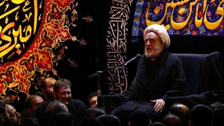 استاد انصاریان:تمام هستی سر سفره هویت حضرت محمد(ص) هستند