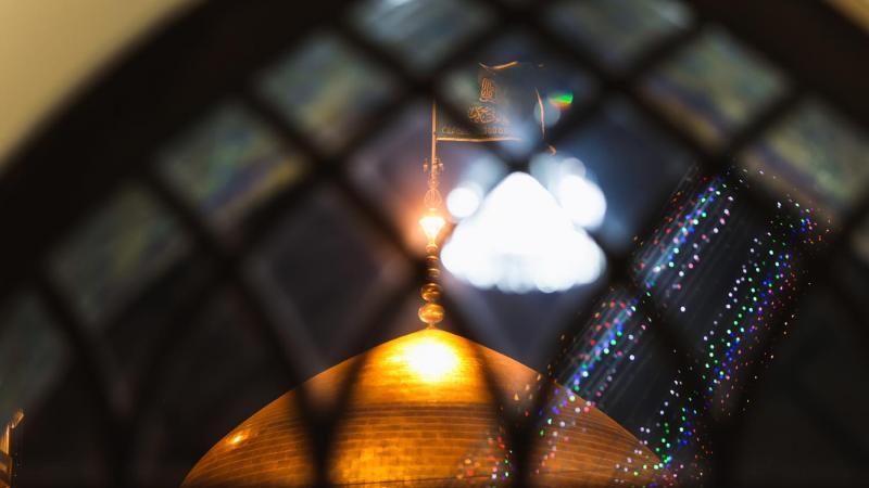 گزارش صوتی مناجات خوانی حاج محمود کریمی در حرم رضوی، شب شانزدهم ماه رمضان
