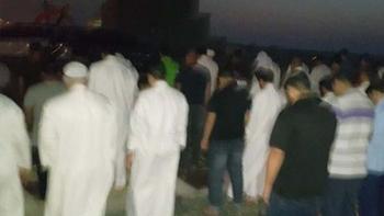 عصبانیت رژیم آل خلیفه از نماز خواندن مردم در مساجد تخریب شده
