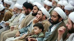 لزوم اقامه نماز جماعت و حضور روحانیون در مدارس