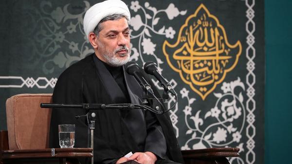 حجت الاسلام والمسلمین رفیعی؛ لقمه حرام انسان را مقابل امام قرار میدهد